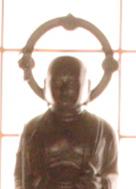 神仏に一心に祈る